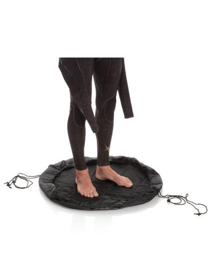 Surflogic Wetsuit Changing Mat/Bag 2021 - Black