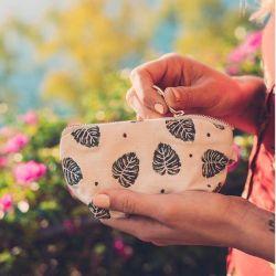 es coin purse leaf print
